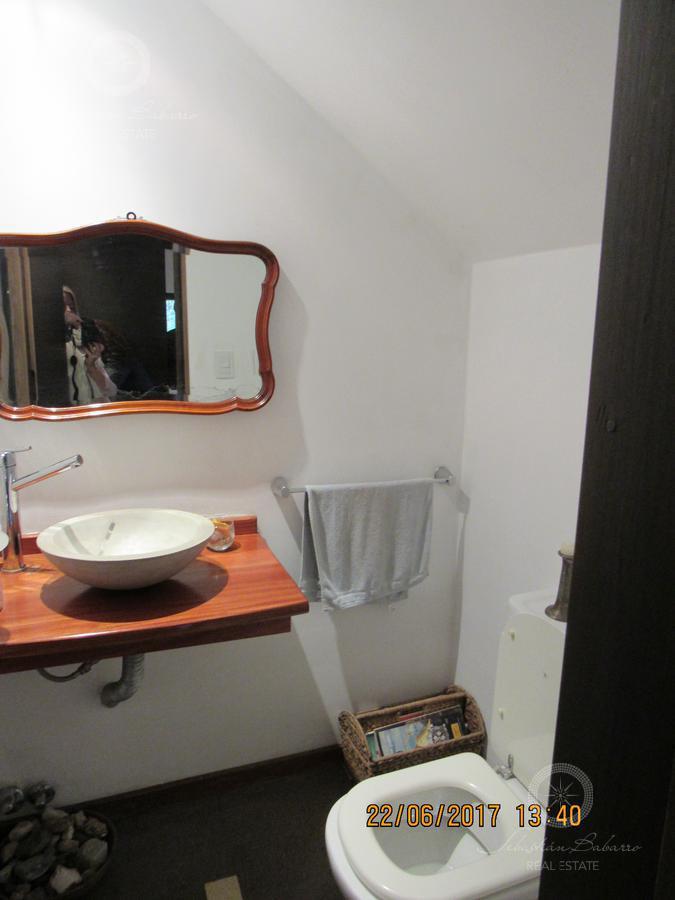 Foto Casa en Venta en  La Deseada,  Countries/B.Cerrado  AUT. TTE. GRAL. RICHIERI AL 12