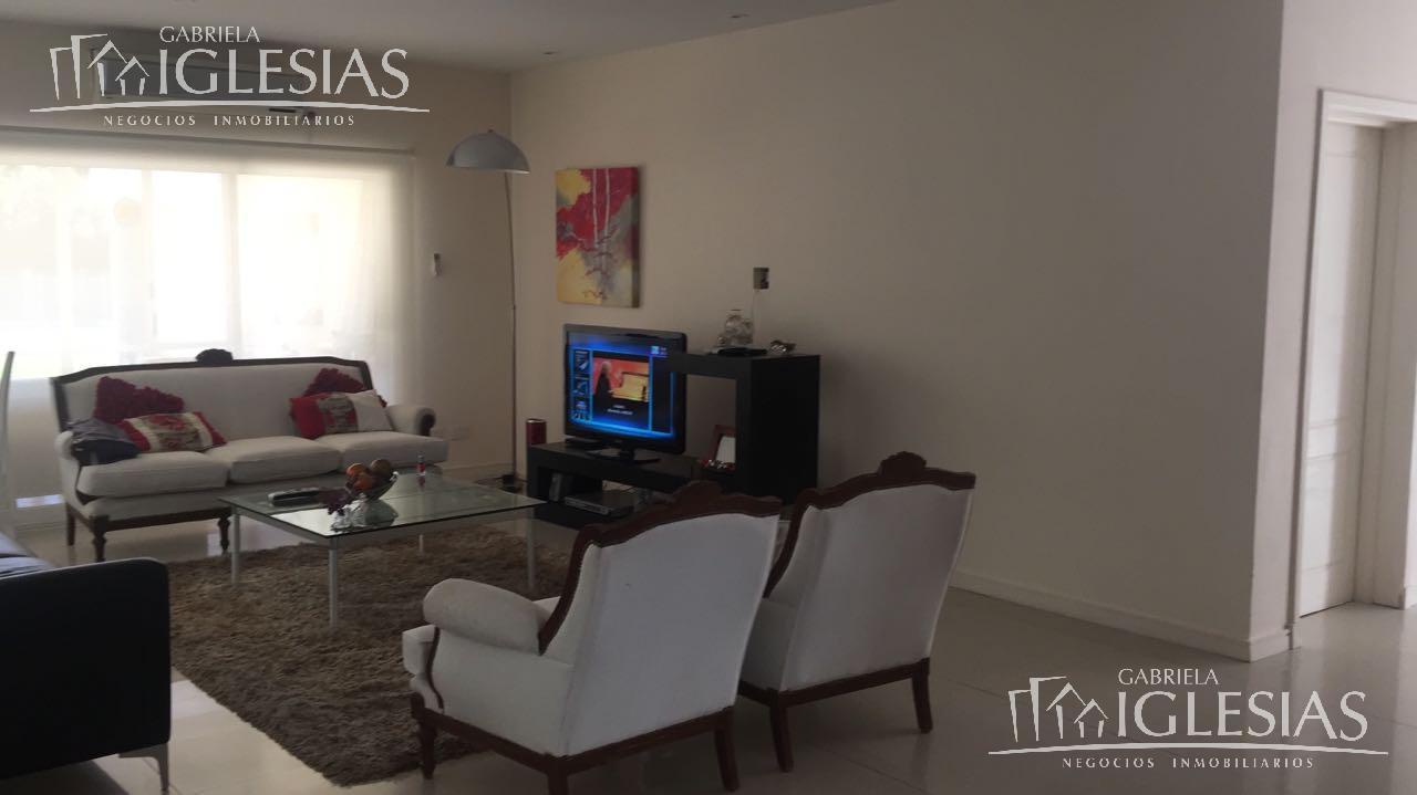 Casa en Venta en San Isidro Labrador a Venta - u$s 420.000