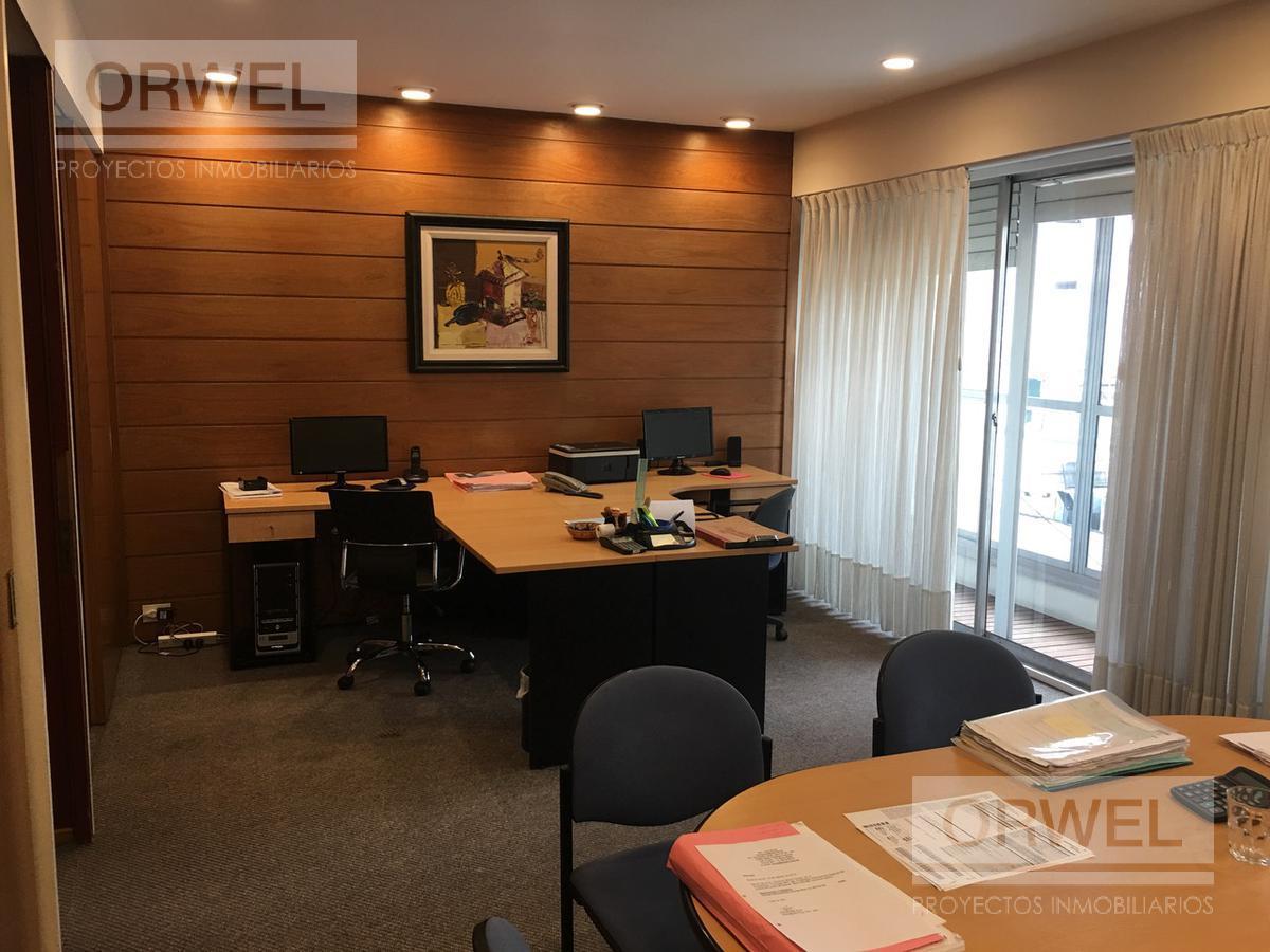 Foto Oficina en Venta en  Centro ,  Capital Federal  Muy linda oficina con o sin renta! Alem y Viamonte. LUMINOSA! leandro N. alem al 600