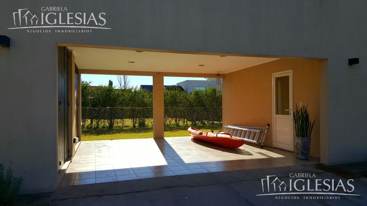 Casa en Venta en Santa Catalina a Venta - u$s 385.000