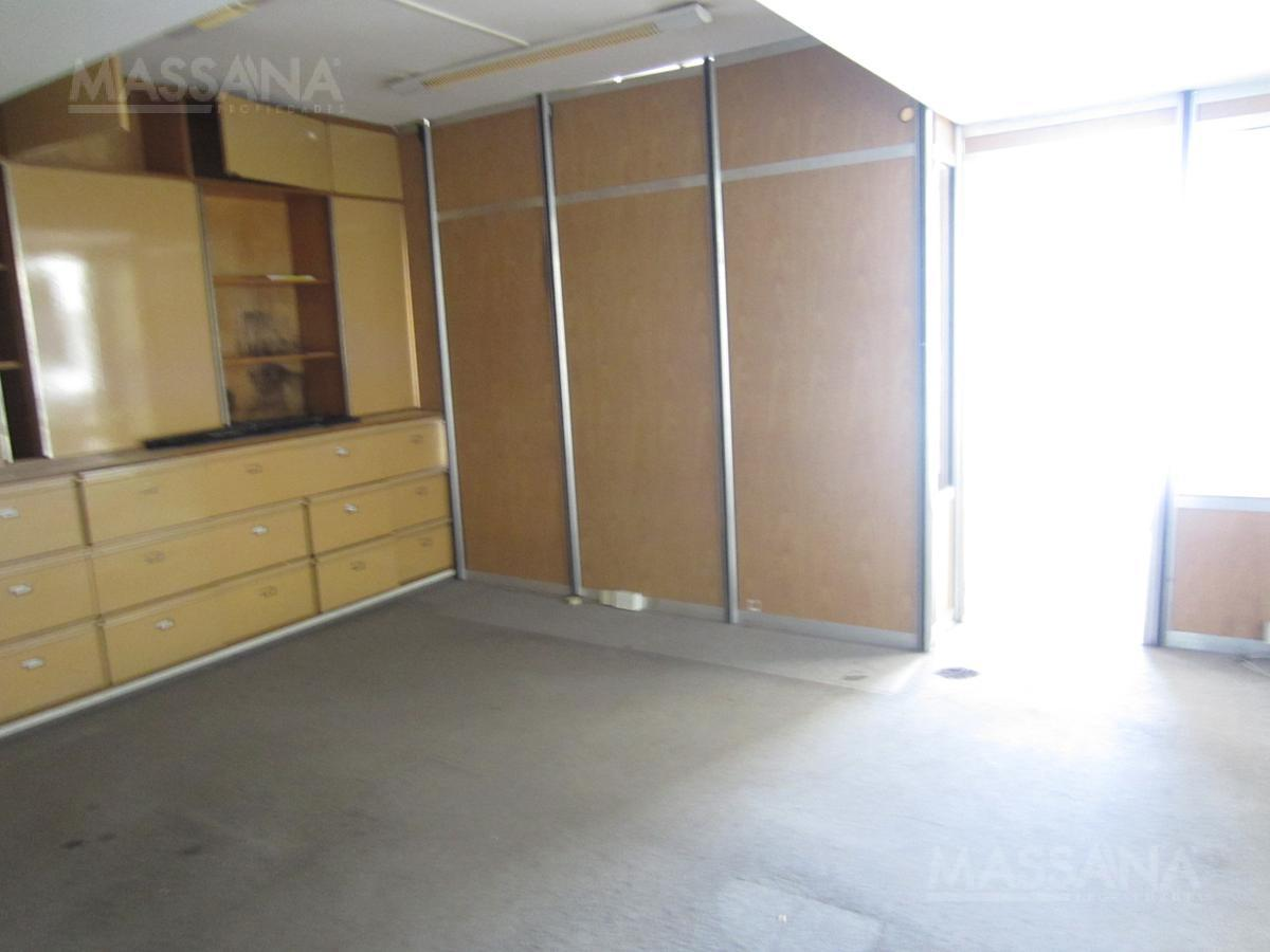 Foto Oficina en Alquiler en  Tribunales,  Centro  Av. Córdoba al 1200