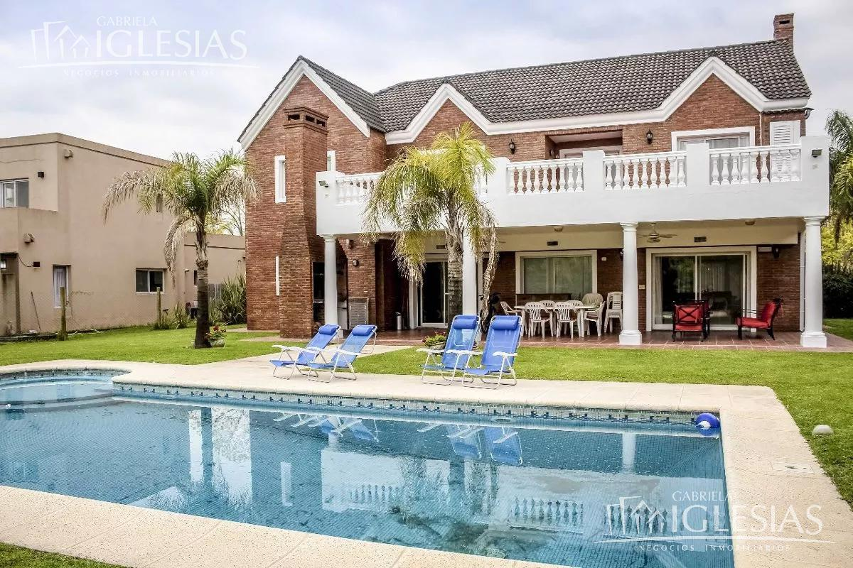 Casa en Venta en Villanueva Santa Catalina a Venta - u$s 498.000