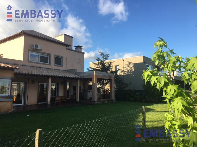 Foto Casa en Alquiler en  Santa Catalina,  Villanueva  Complejo Villa Nueva