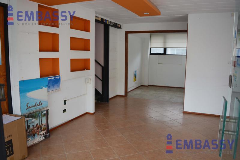 Foto Local en Venta en  Kilometro 45,  Pilar  La Escala Centro Comercial - Pilar - Avenida Caamaño al 1100