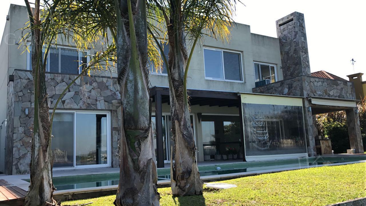 Casa en Venta en Santa Clara a Venta - u$s 780.000