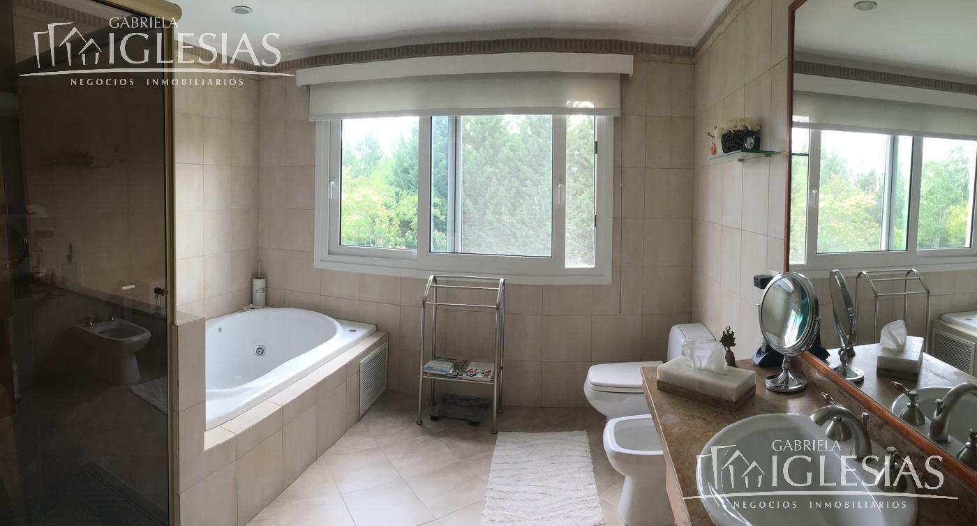 Casa en Venta en Las Caletas a Venta - u$s 845.000