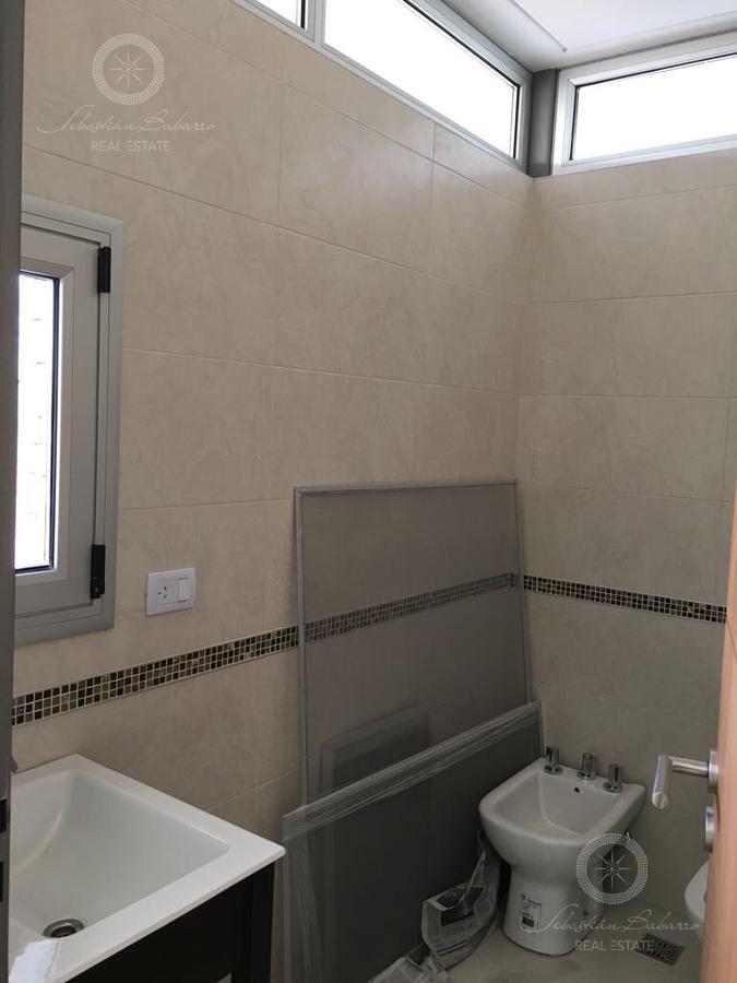 Foto Casa en Venta en  San Lucas ,  Countries/B.Cerrado  Barrio San Lucas