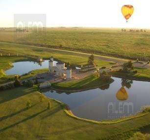 Foto Terreno en Venta en  San Eliseo Golf & Country,  Countries/B.Cerrado  San Eliseo | Hermoso lote
