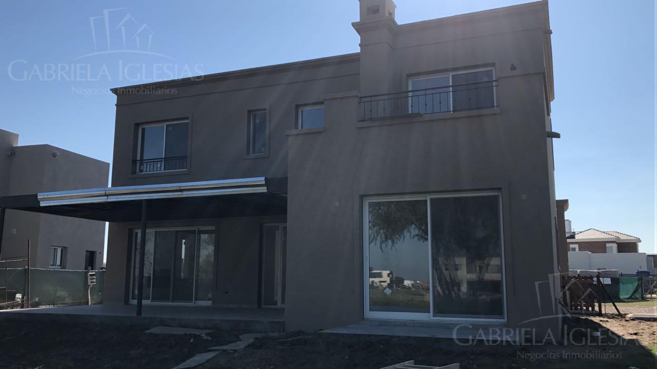 Casa en Venta en San Rafael a Venta - u$s 427.000