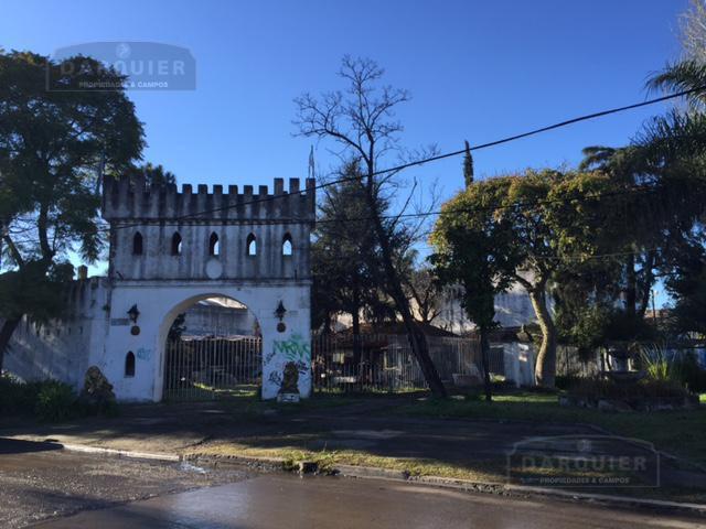 Foto Local en Venta en  Adrogue,  Almirante Brown  HIPOLITO YRIGOYEN 13812
