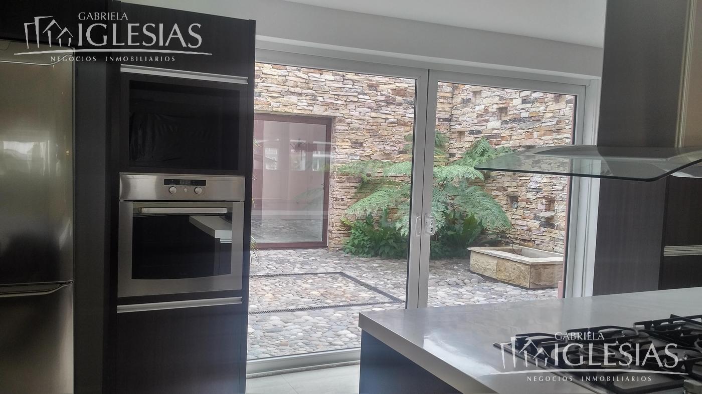 Casa en Venta en Cabos del Lago a Venta - u$s 1.450.000