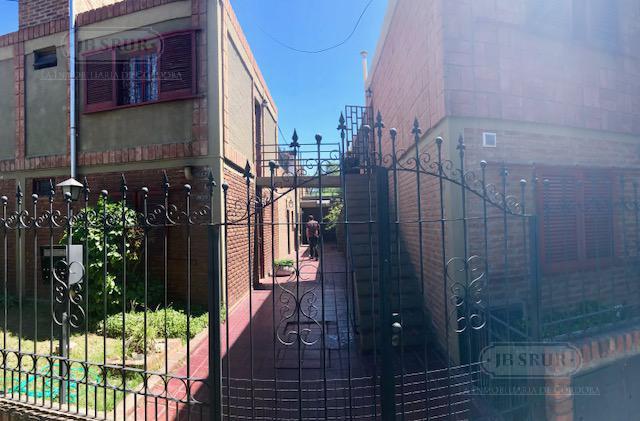 Foto Departamento en Venta en  Jardin,  Cordoba  Beccar Varela al 600