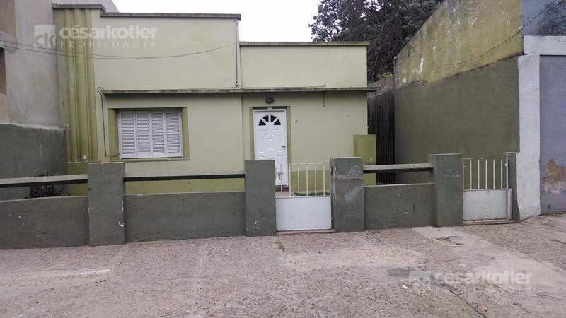 Foto Casa en Venta en  Temperley Este,  Temperley  Condarco 215