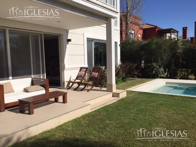 Casa en Venta en Las Glorietas a Venta - u$s 710.000