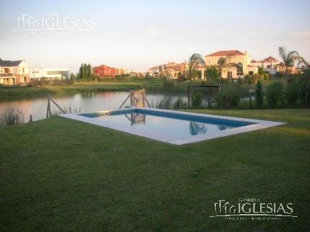 Casa en Venta en Los Castores a Venta - u$s 675.000