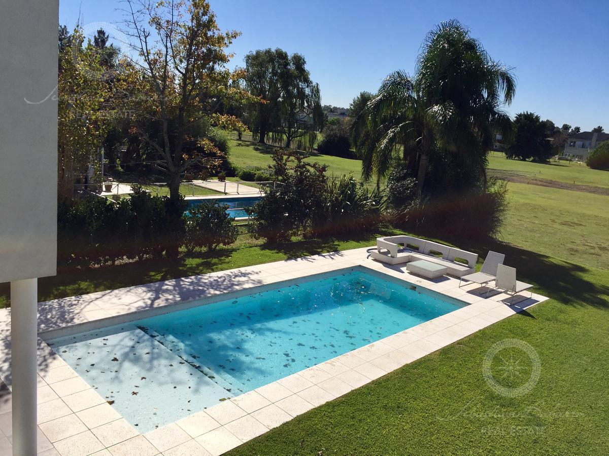 Foto Casa en Venta en  Countries/B.Cerrado,  Esteban Echeverria  Country El Venado 1