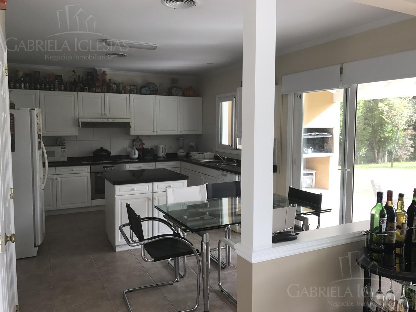 Casa en Venta en Las Caletas a Venta - u$s 690.000