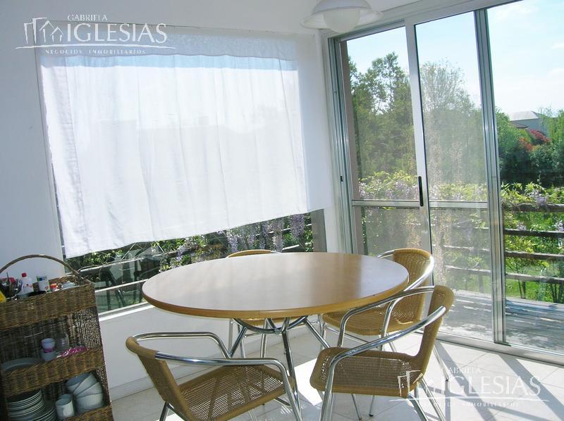 Casa en Alquiler Venta en Las Caletas a Alquiler - u$s 4.000 Venta - u$s 730.000