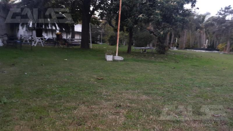 Foto Terreno en Venta en  Ituzaingó ,  G.B.A. Zona Oeste  Hortiguera al 500 Lote 14