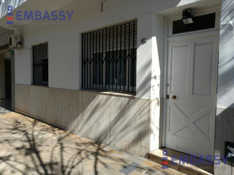 Foto Departamento en Venta en  Coghlan ,  Capital Federal  Conde al 2500