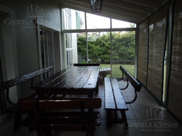 Casa en Alquiler Venta en Barrancas del Lago a Alquiler - $ 48.000 Venta - u$s 480.000