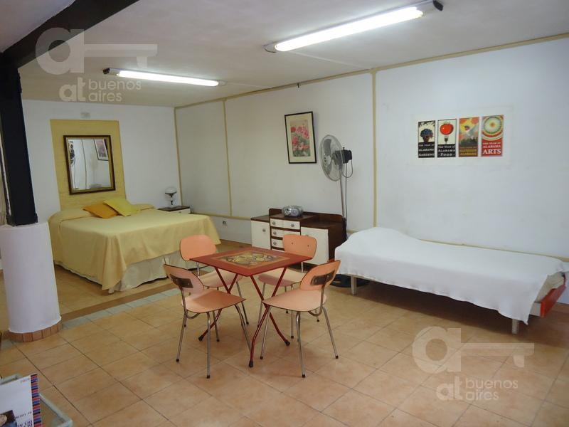 Foto Departamento en Alquiler temporario en  San Telmo ,  Capital Federal  Humberto 1° al 600, esquina Perú
