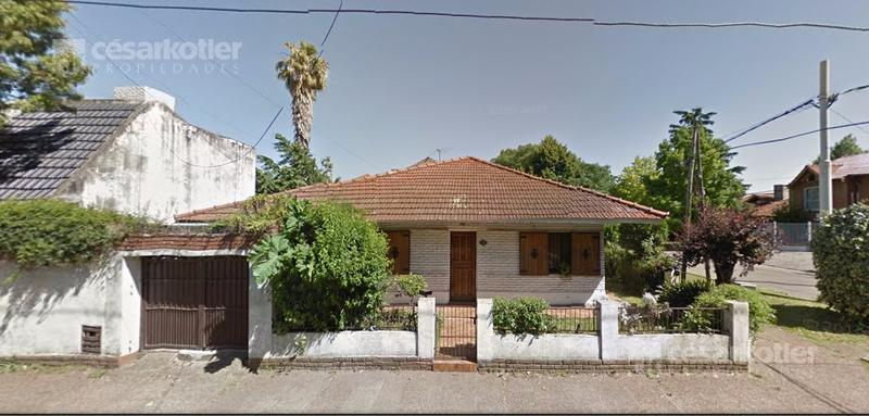 Foto Casa en Venta en  Adrogue,  Almirante Brown  Bouchard 195