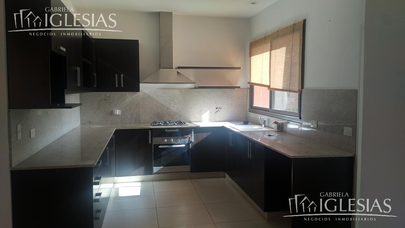 Casa en Venta en Cabos del Lago a Venta - u$s 850.000