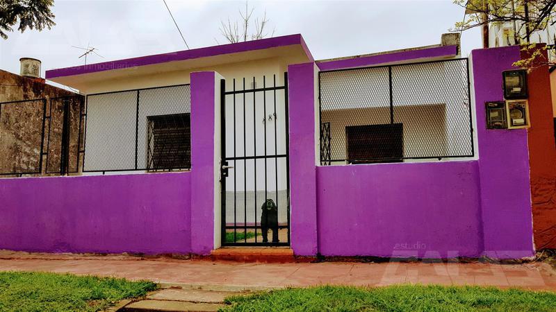 Foto Casa en Venta en  Ituzaingó ,  G.B.A. Zona Oeste  Ombu al 800