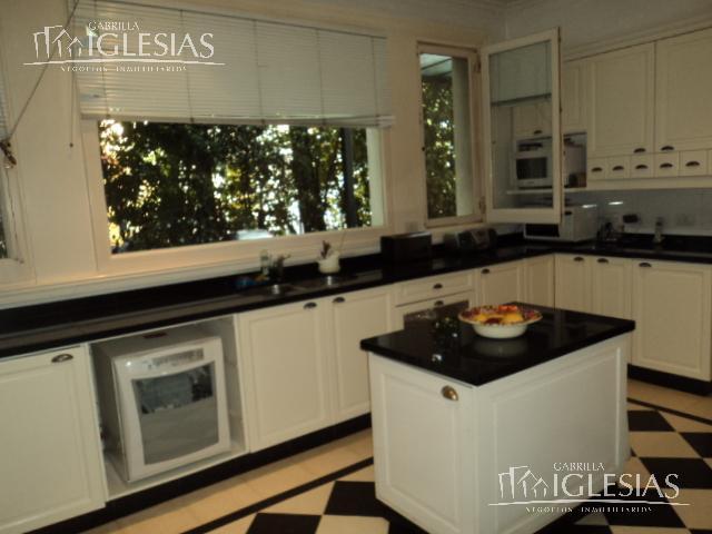Casa en Venta en Los Castores a Venta - u$s 1.900.000