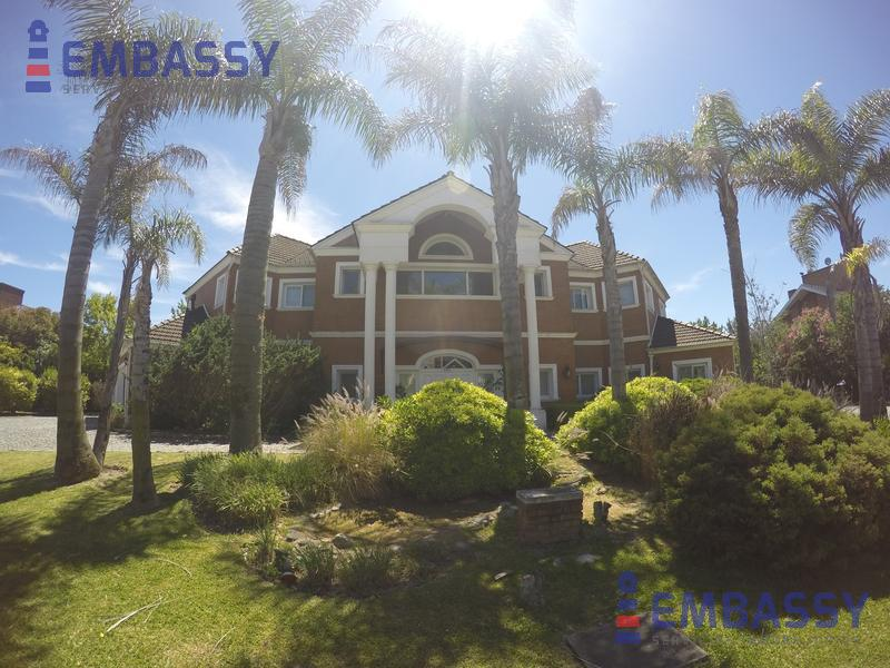Foto Casa en Venta | Alquiler en  Rincon De Milberg,  Tigre  Avenida Santa María de las Conchas al 4000