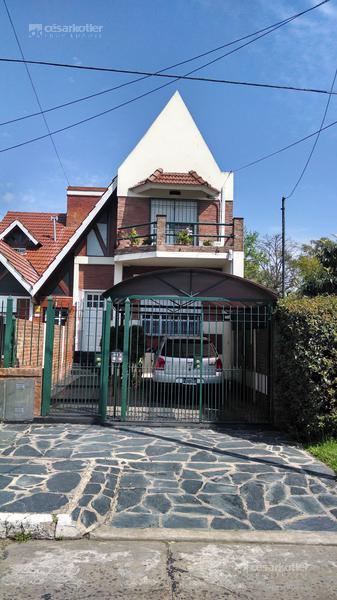 Foto Casa en Venta en  Temperley Este,  Temperley  Carlos Tejedor 651