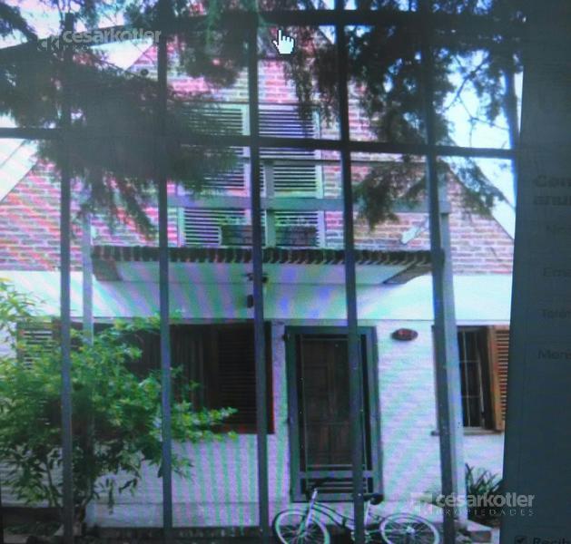Foto Casa en Venta en  Temperley Este,  Temperley  Velez Sarfield 837