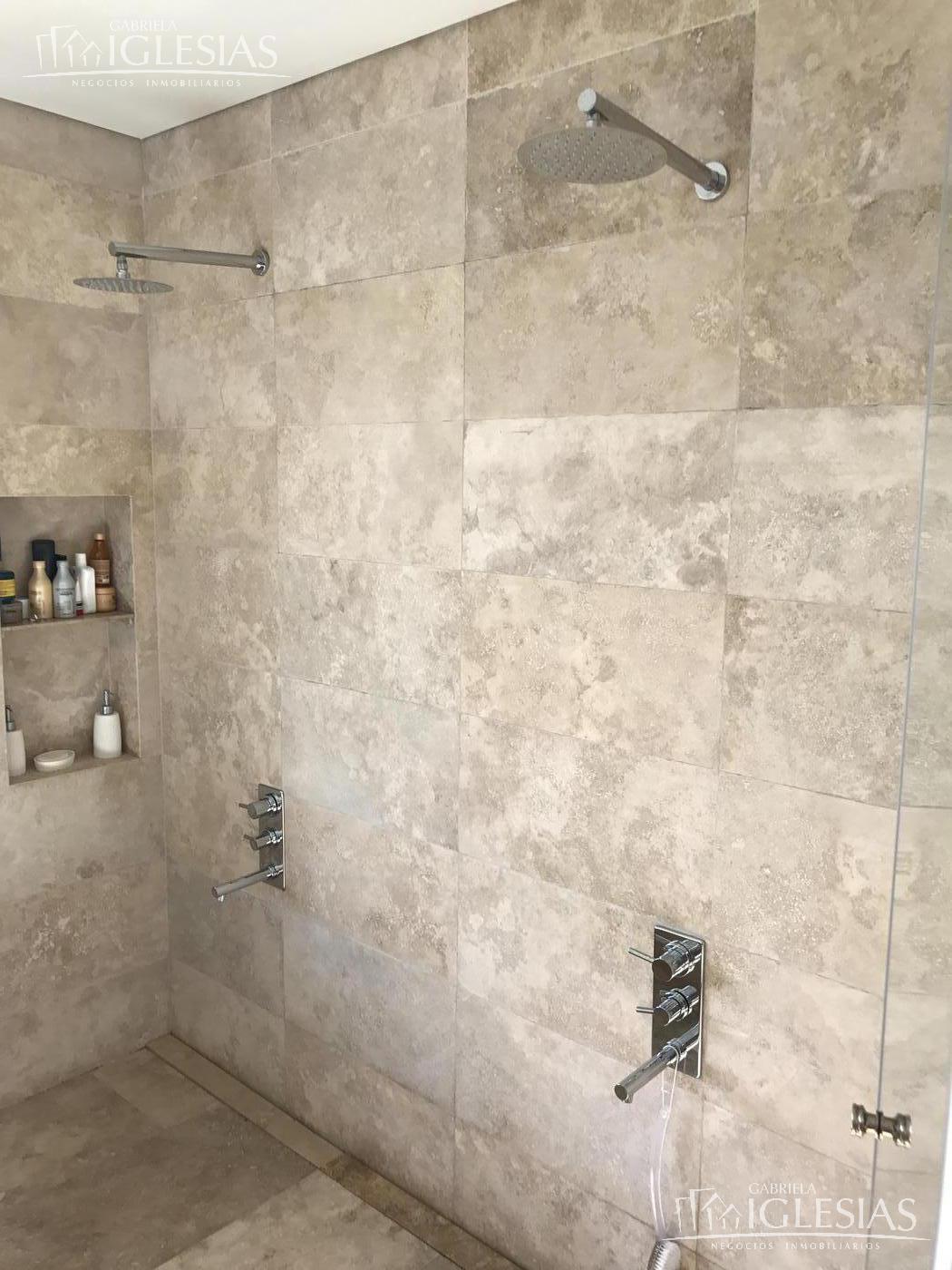 Casa en Venta en El Golf a Venta - u$s 2.700.000