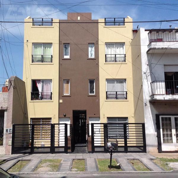 Foto Departamento en Venta en  Villa Luzuriaga,  La Matanza  República de Chile al 100