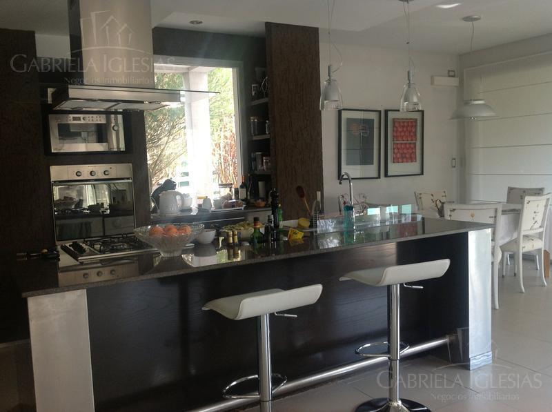 Casa en Venta en Los Castores a Venta - u$s 1.100.000