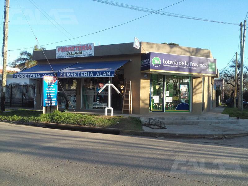 Foto Local en Venta en  Ituzaingó ,  G.B.A. Zona Oeste  Del Lazo al 3200