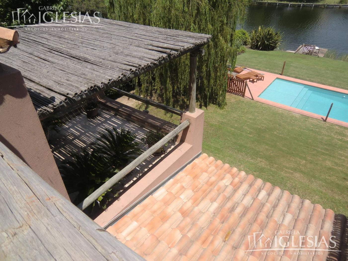 Casa en Venta Alquiler en La Isla a Venta - u$s 1.270.000 Alquiler - u$s 7.000