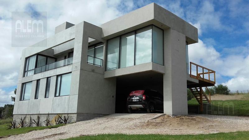 Foto Casa en Venta | Alquiler temporario en  Costa Esmeralda,  Punta Medanos  Costa Esmeralda Deportiva al 200
