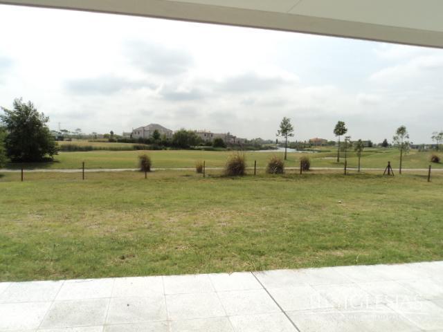 Casa en Venta en El Golf a Venta - u$s 1.100.000