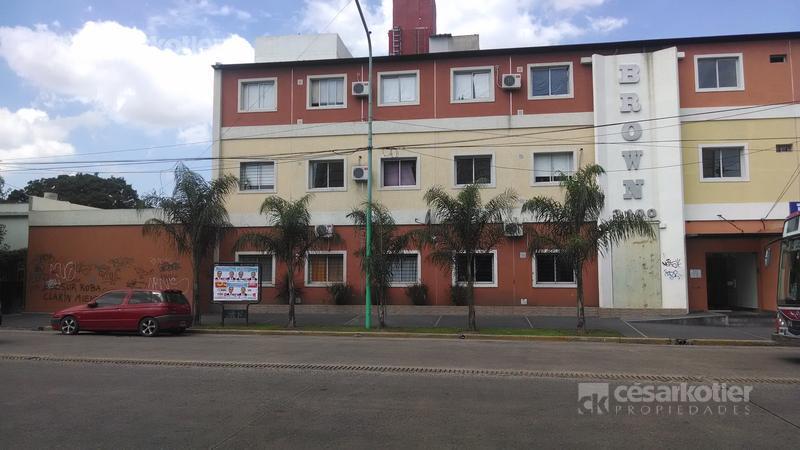 Foto Departamento en Venta en  Temperley Este,  Temperley  Brown. Alte 3100 1º 26