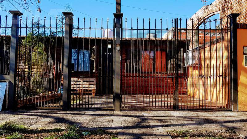 Foto Casa en Venta en  Ituzaingó,  Ituzaingó  Thorne 2900