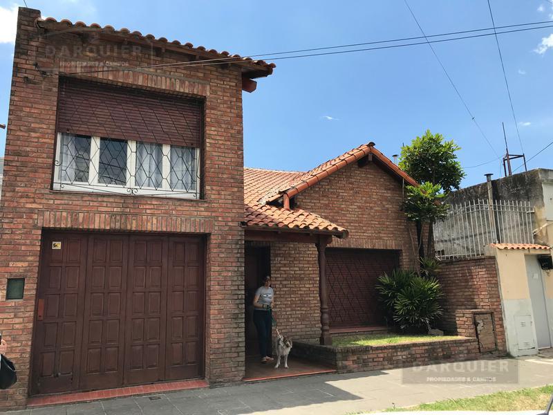 Foto Casa en Venta en  Temperley Este,  Temperley  VELEZ SARFIELD 408
