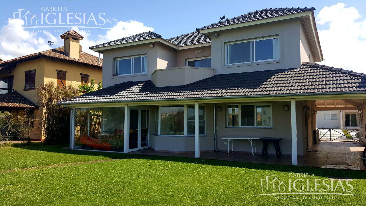 Casa en Venta en Santa Catalina a Venta - u$s 390.000